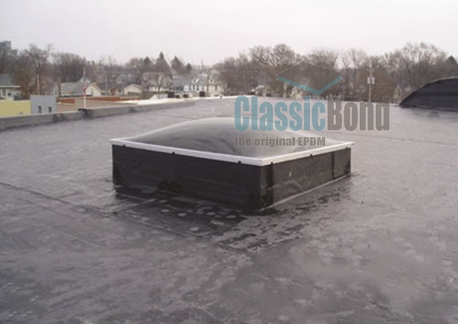 Large roof with the Classicbond EPDM one piece diy rubber roofing membrane for flat roofs