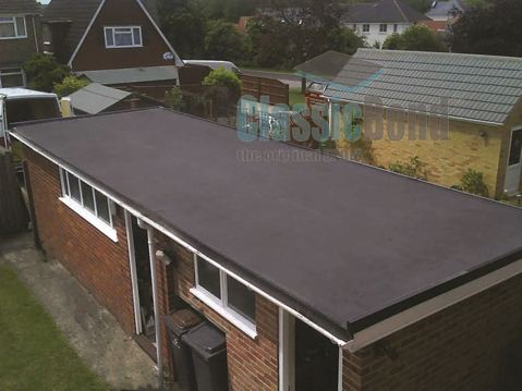 Outbuilding roof with the Classicbond EPDM one piece diy rubber roofing membrane for flat roofs