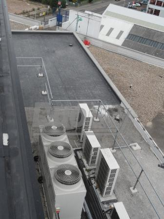 Large flat roof with the Duoply EPDM rubber roofing membrane