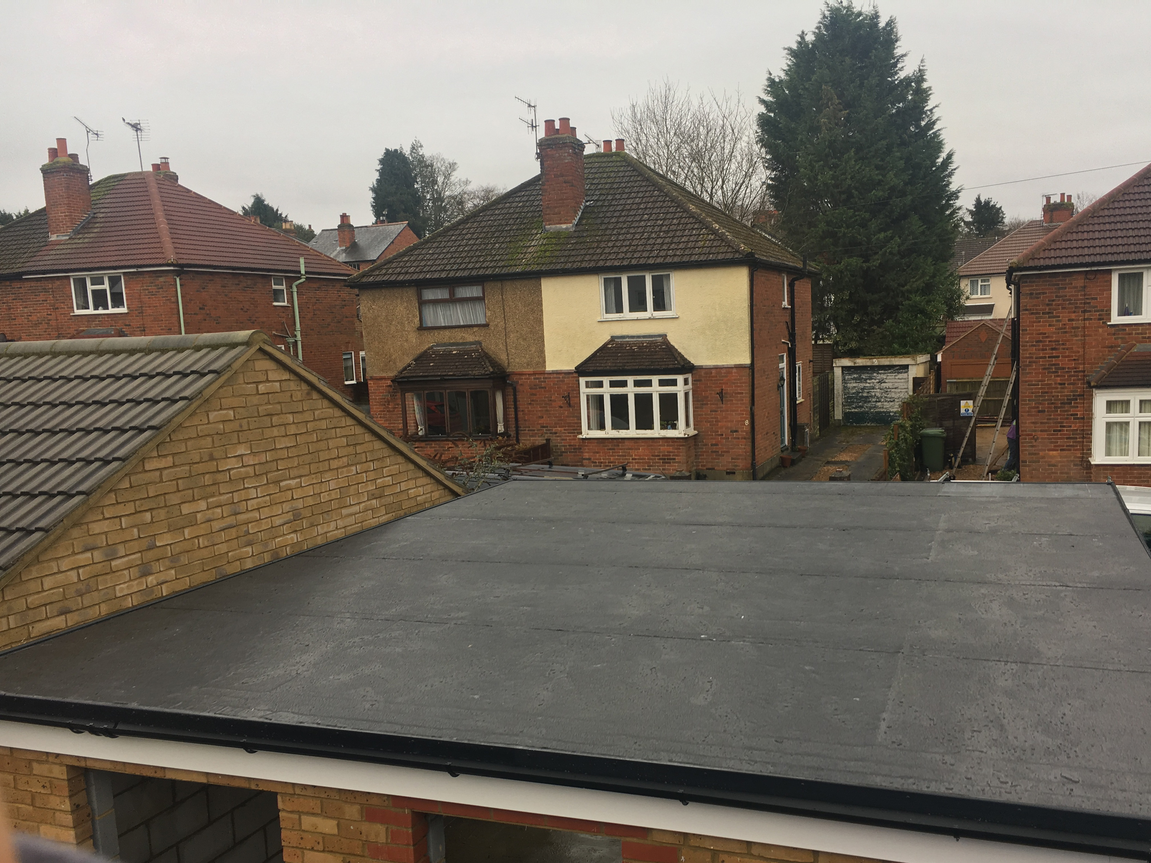 Repair your garage roof with rubber roofing